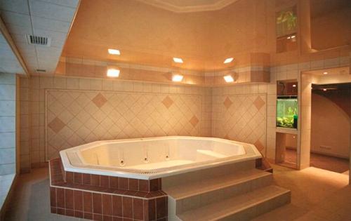 двухуровневая ванная