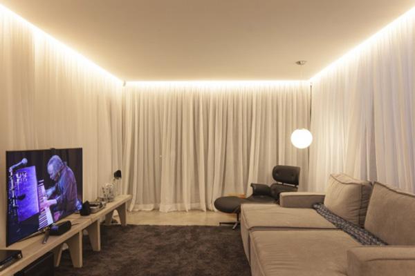 «Парящие» потолки со светодиодной подсветкой