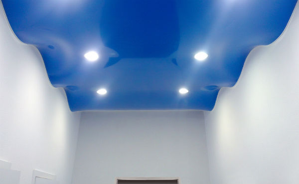Натяжной потолок «Волна»