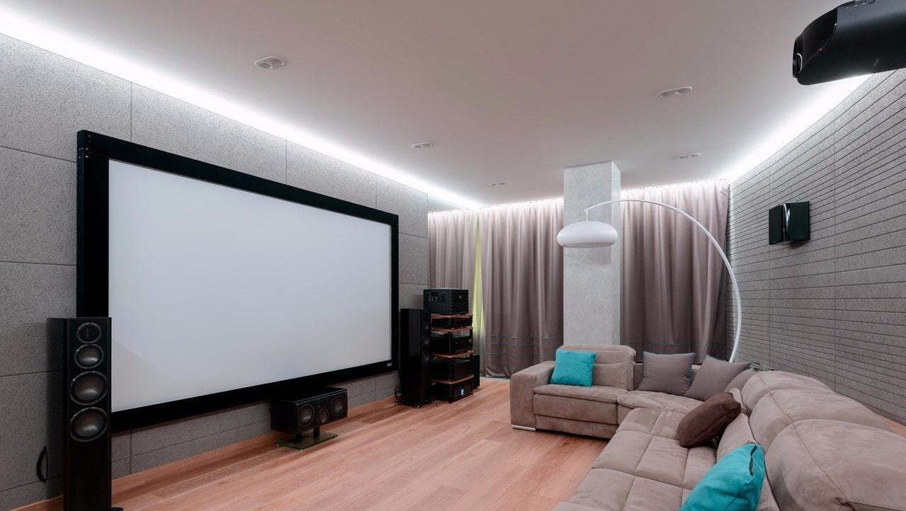 Натяжной потолок с подсветкой по периметру