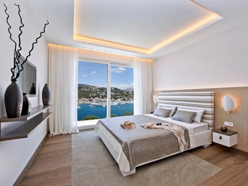 двухуровневые в спальне